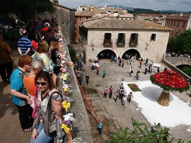 Plaça dels Jurats. Girona, Temps de Flors