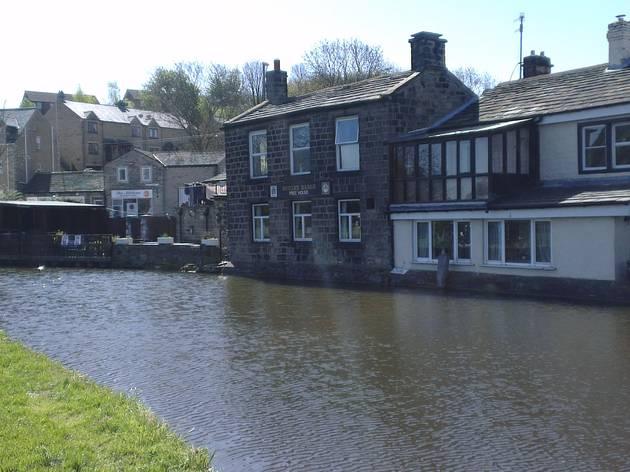 Ten outdoor drinking spots in Leeds