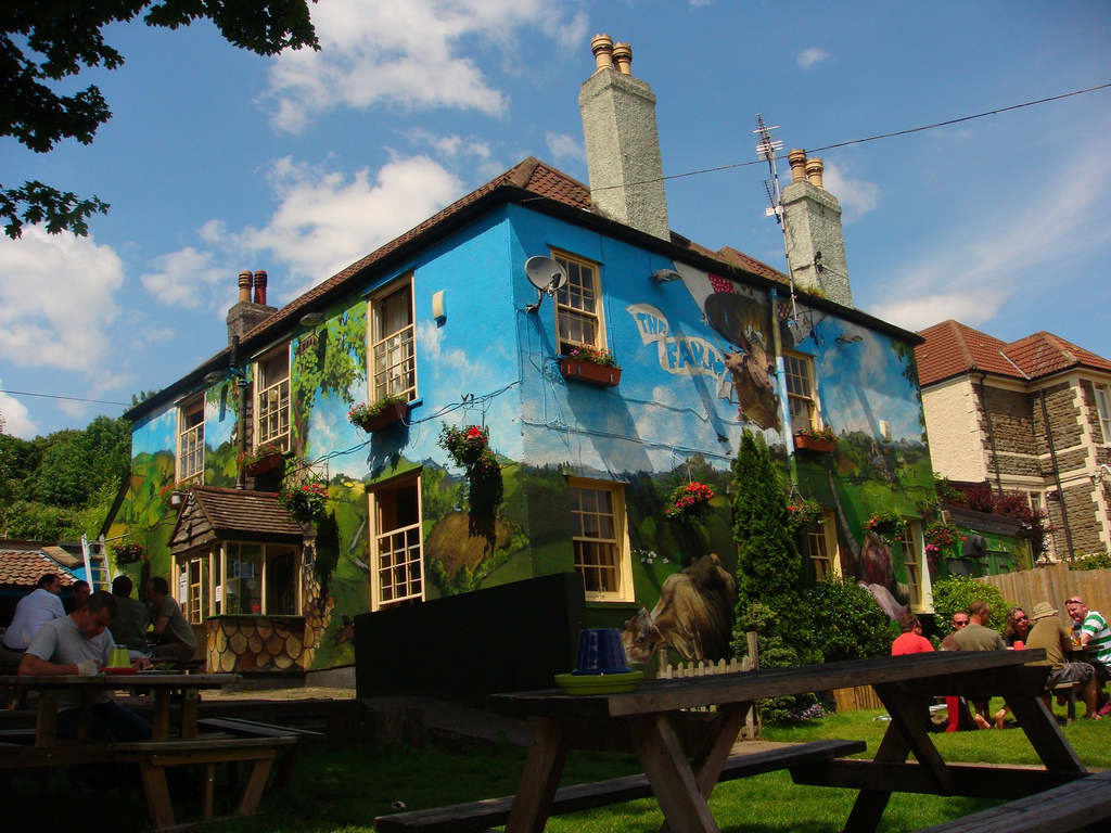 Ten outdoor drinking spots around Bristol
