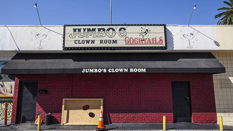 jumbo's clown room, strippers
