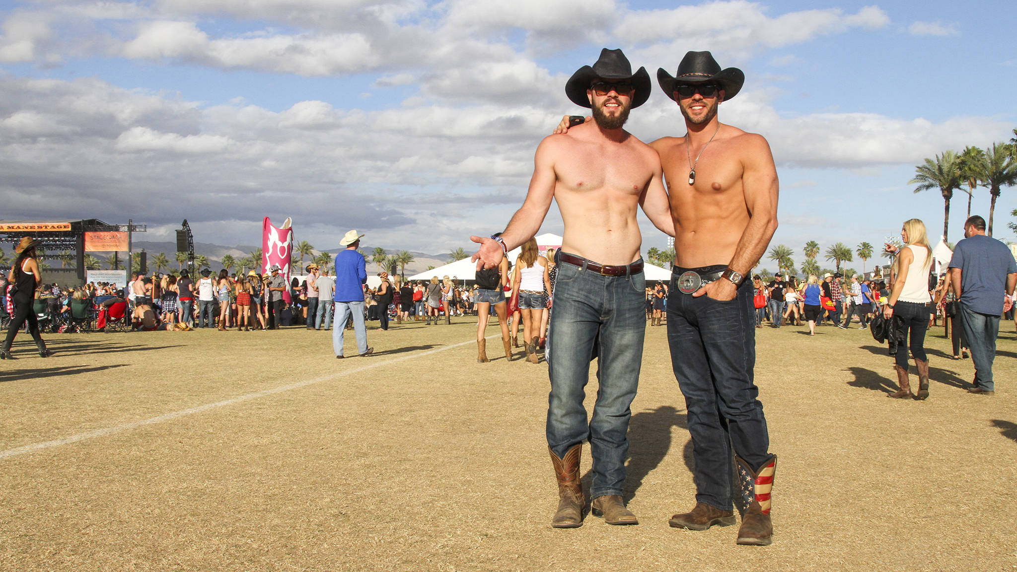 The hottest cowboys (and girls) of Stagecoach 2015
