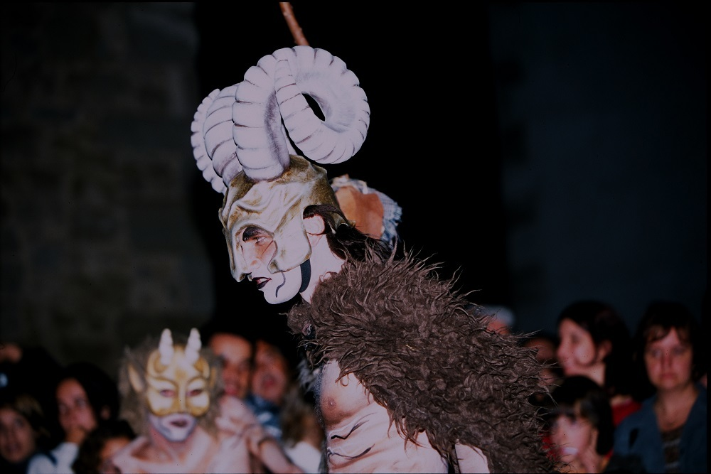 Witches and bread in Osona