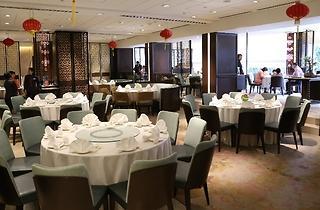 Toh Yuen @ Hilton PJ Christmas special