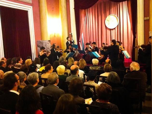 30 minuts de música: Cançó napolitana, àries d'òpera i sarsuela