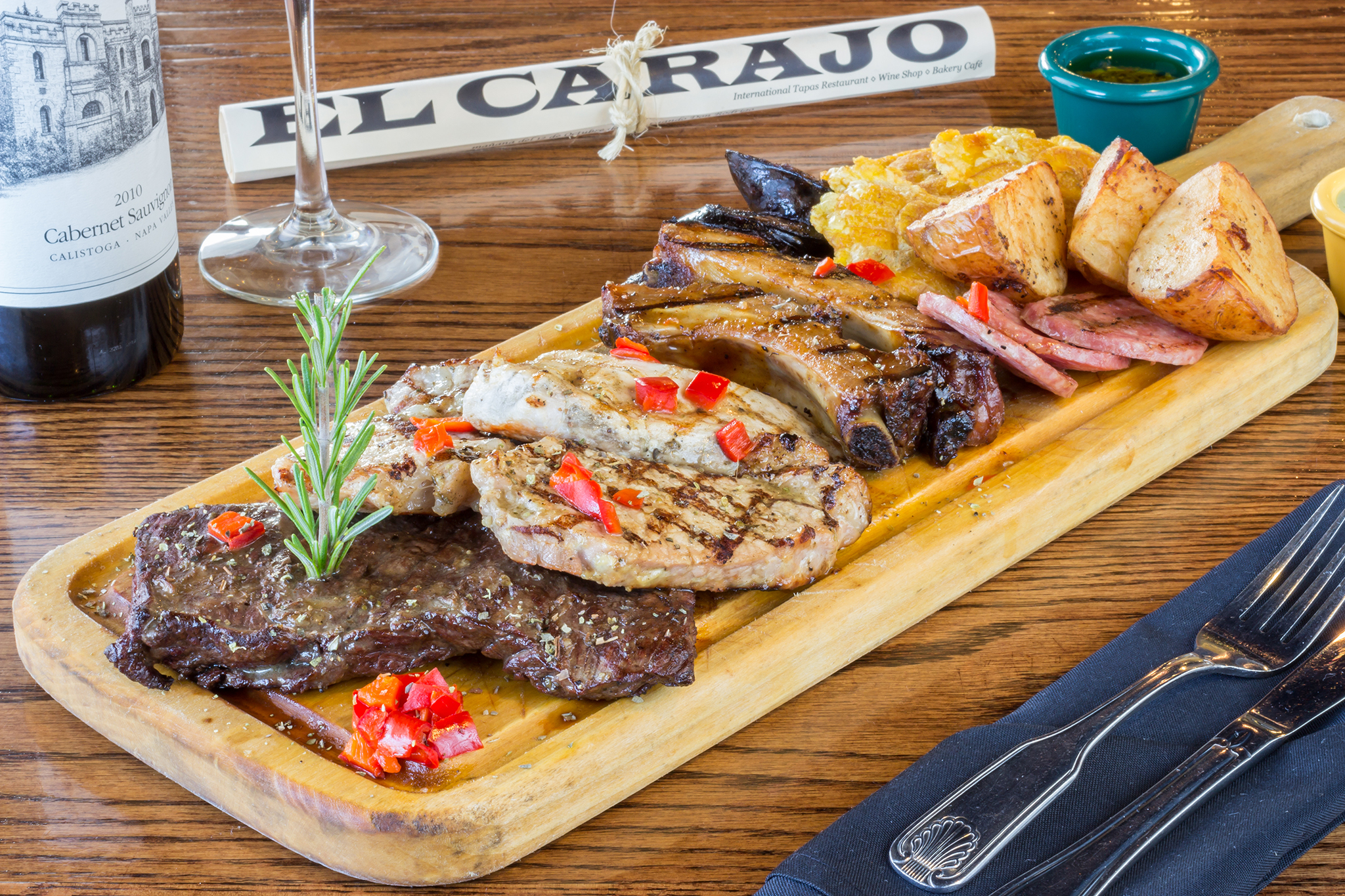 El Carajo International Tapas & Wines