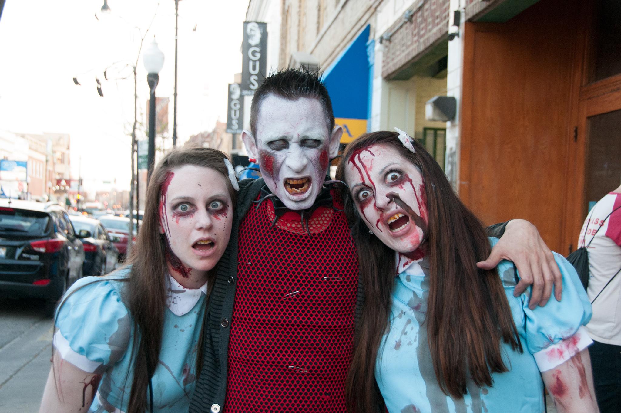 Photos: Zombie Pub Crawl