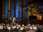 Alan Gilbert conducts the New York Philharmonic in annual free Memorial Concert at Cathedral of St. John, 5/26/14. Photo by Chris Lee