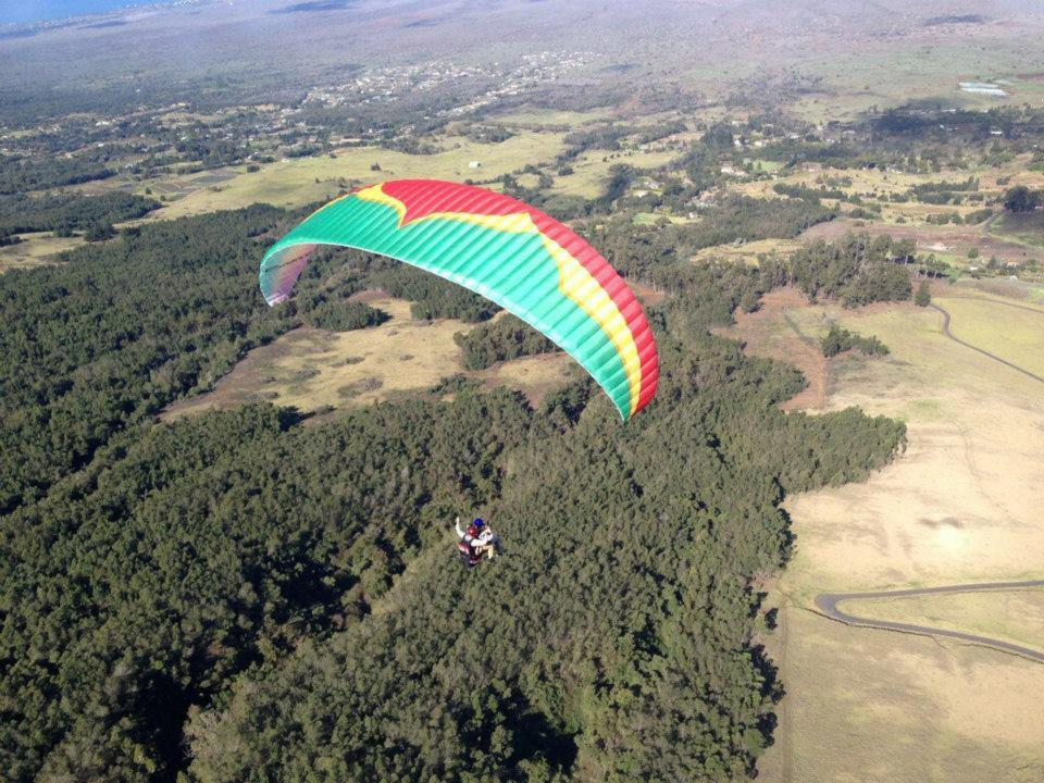 Paraglide over Maui