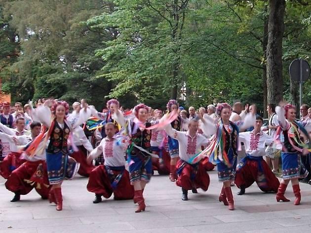 ¡MADRID!: Baila con nosotros… al son de nuestra música