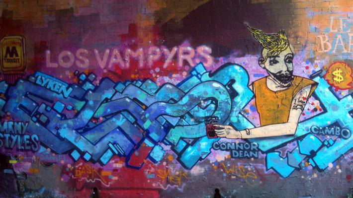 vampyres edinburgh street art