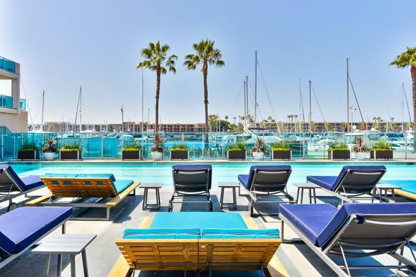 3 la apartments with awesome outdoor spaces for Marina del rey apartments for sale