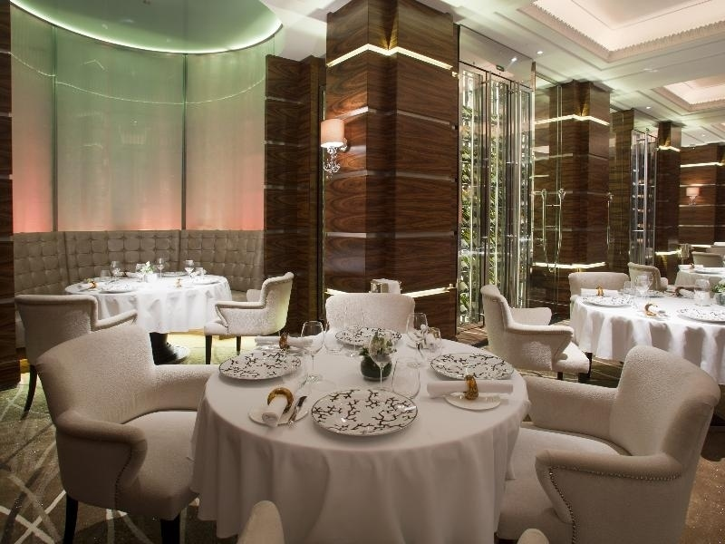 Michelin Star Restaurants In London Alyn Williams At The Westbury