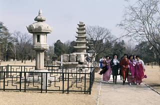 Free museums hanbok