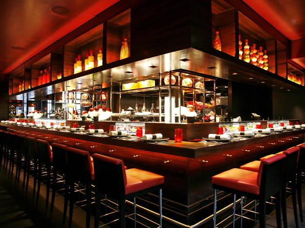 Michelin star restaurants in London - L'atelier de Joel Robuchon