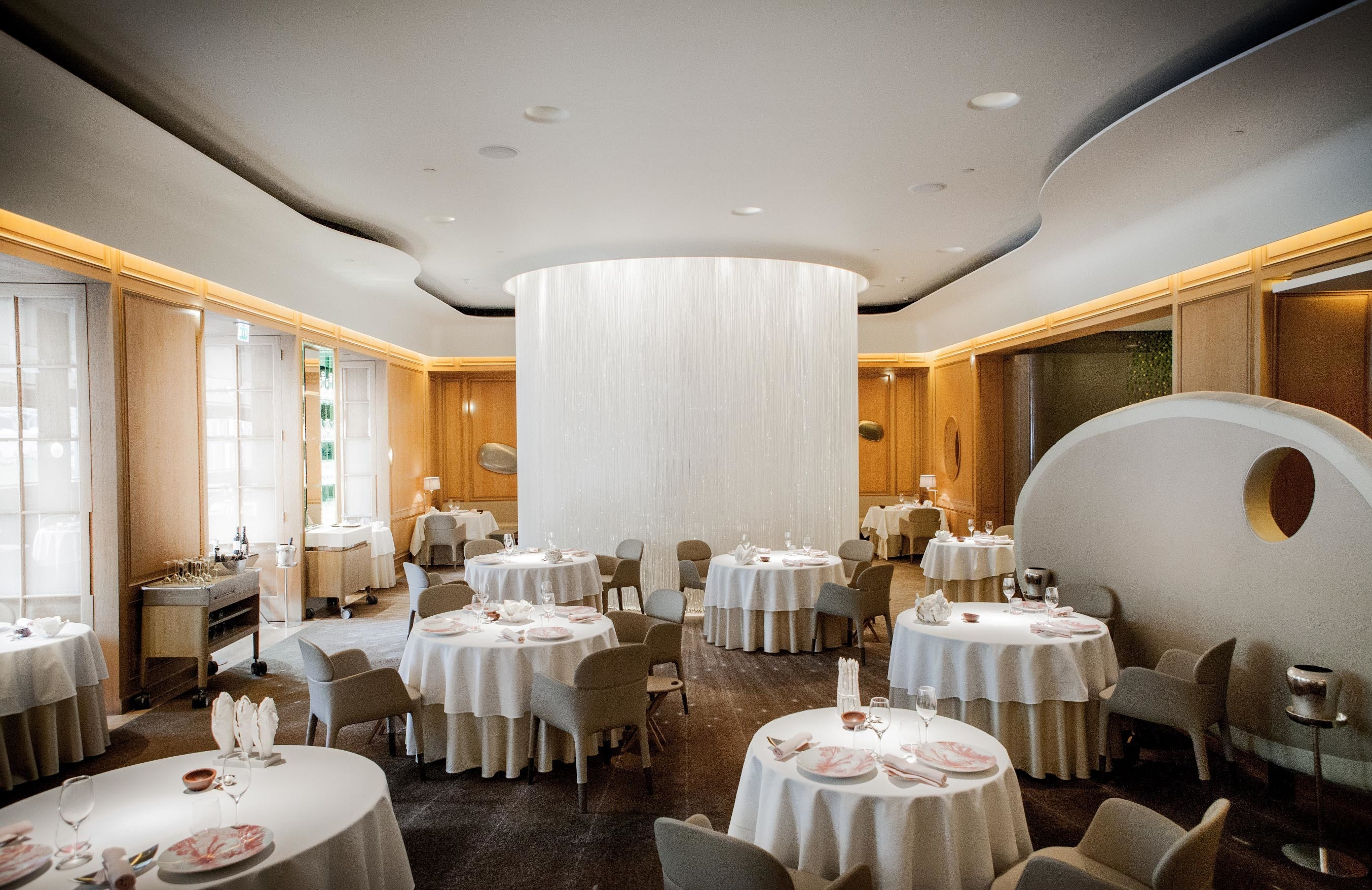 Michelin star restaurants in London - Alain Ducasse at the Dorchester