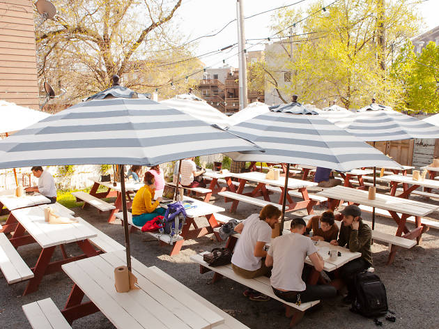 Bang Bang Pie Shop serves outdoor brunch.