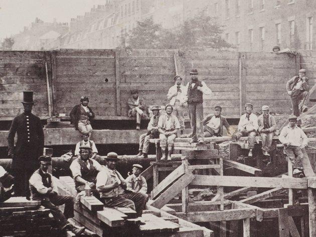 (Building the Metropolitan Railway, 1862. © London Metropolitan Archives)