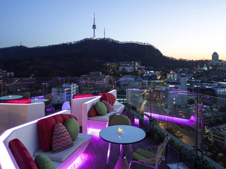 Upscale business hotels in Seoul