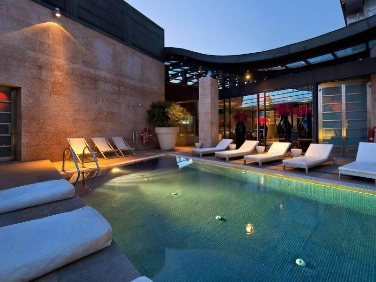 Hotel Urban G.L