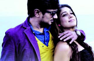 Nanbeanda is a tamil movie