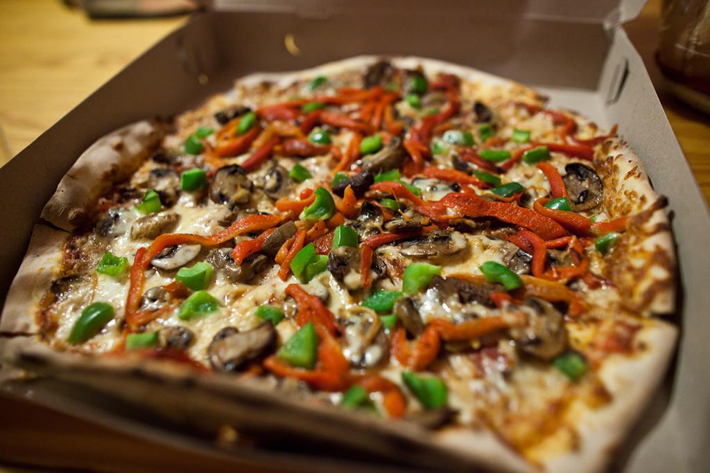 Boston Deep Dish Pizza Beachfront Hotels San Diego Ca