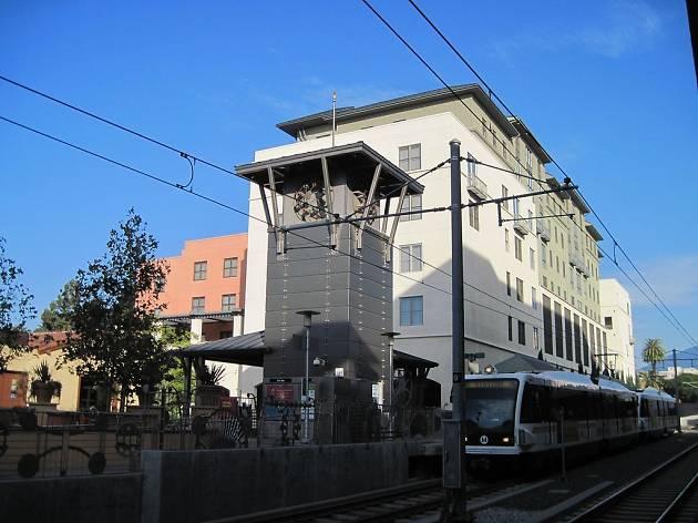 Del Mar Station