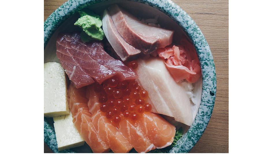 Chirashi set, $25 at Manzoku