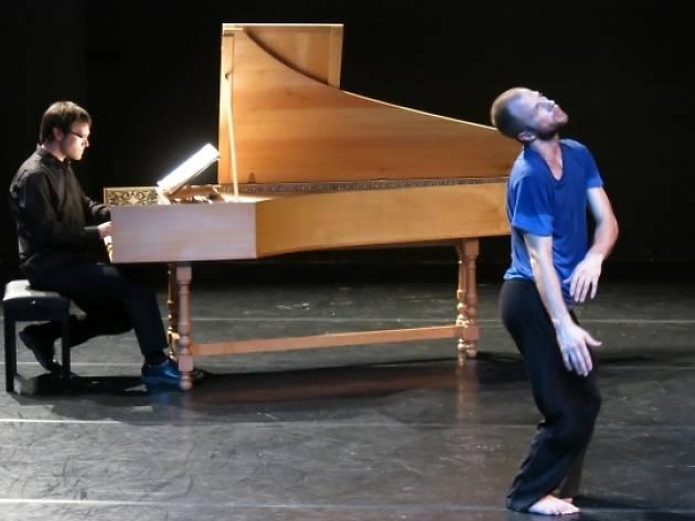 Jurij Konjar dansa Bach