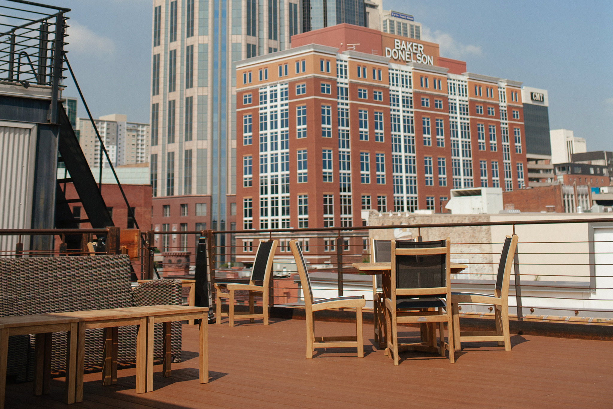 Best rooftop bars in America with great views and drinks