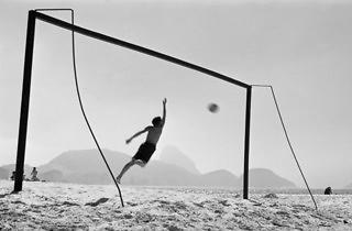 (Thomaz Farkas, 'Plage de Copacabana', Rio de Janeiro, 1947)