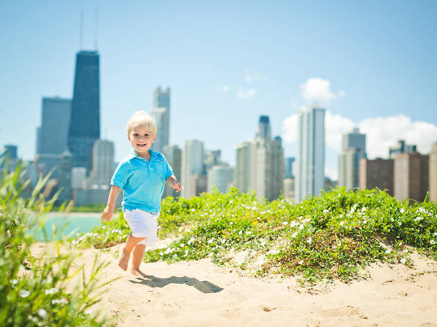 Get a family session with TK Photography, one of our favorite summer activities for kids and families.
