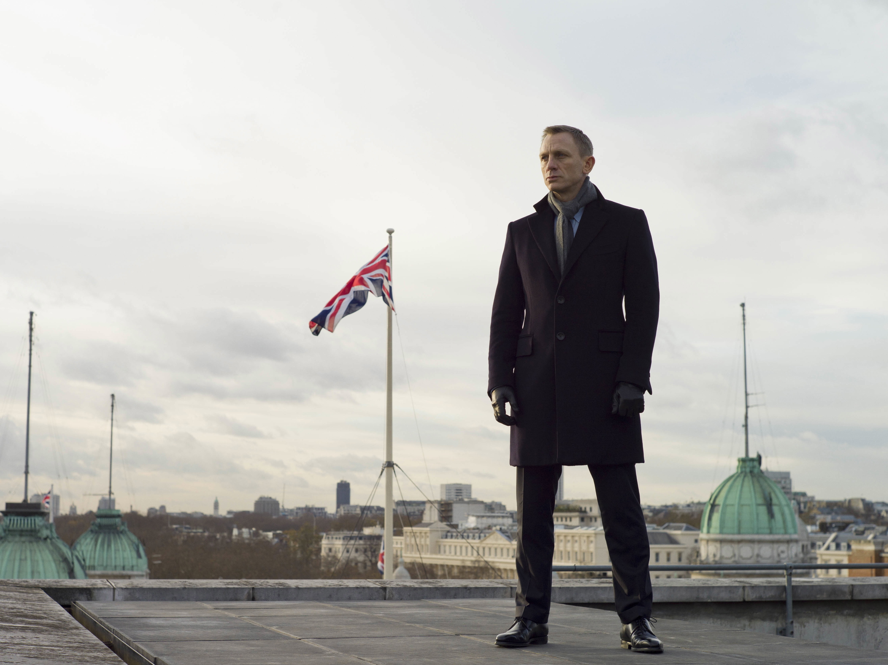 Ten great British action heroes, Daniel Craig stars as James Bond in Metro-Goldwyn-Mayer Pictures/Columbia Pictures/EON Productions... action adventure SKYFALL.