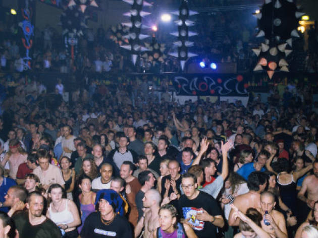 15 signs you were on the Birmingham club scene in the '90s