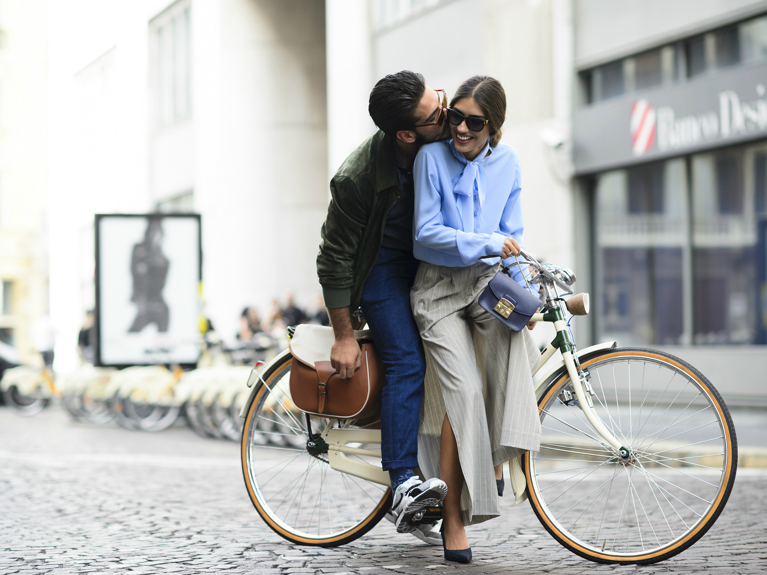 What to wear on a first date: six top tips