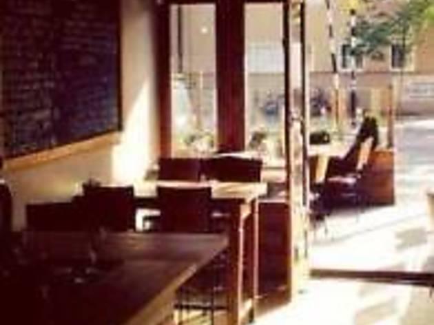 Boma Bar & Restaurant