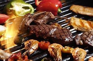 BBQ dinner at Pool Bar