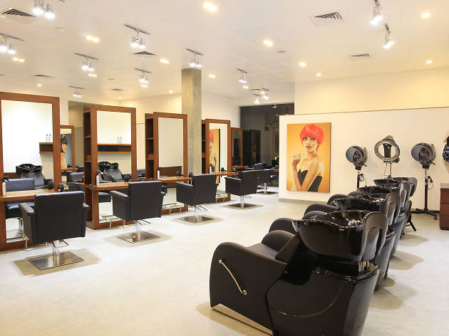 Rumours is a salon in Colombo, Sri Lanka