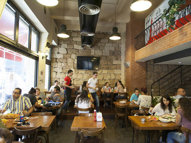 Tabliyit Massaad, Restaurants and cafés, Beirut