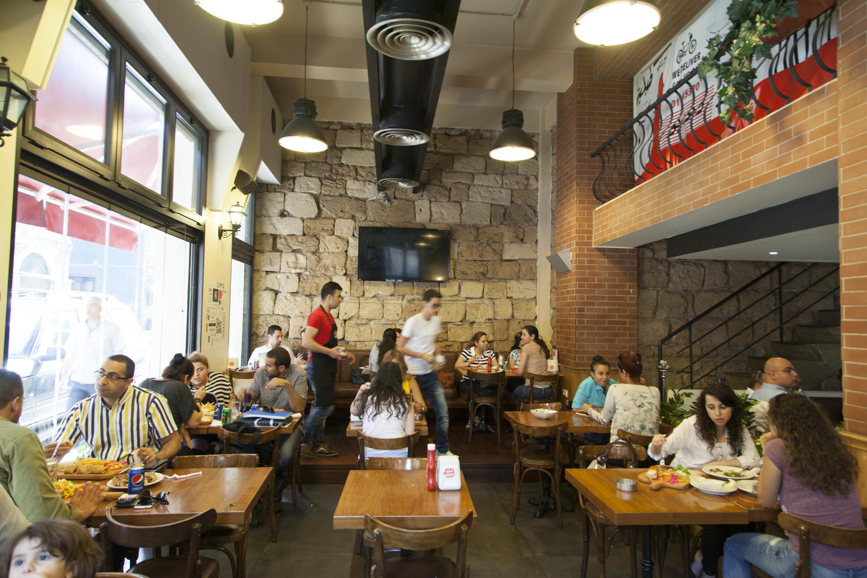 Tabliyit Massaad, Restaurants and cafés, Beirut