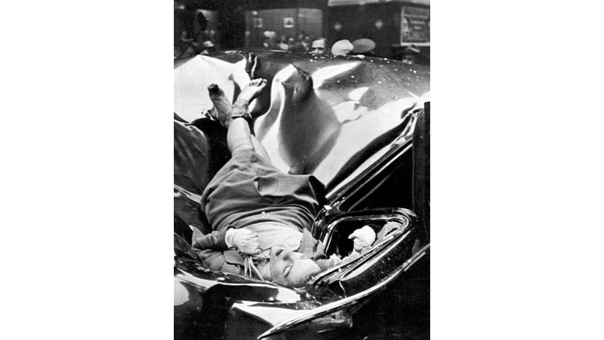 Robert Wiles, Evelyn McHale, 1947
