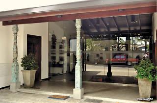 Dhanak is a shop in Colombo, Sri Lanka