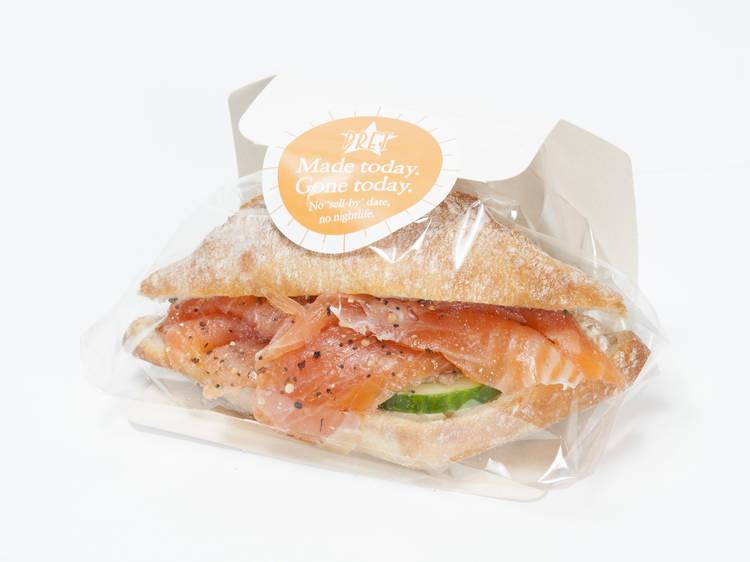 Smoked salmon & soft cheese