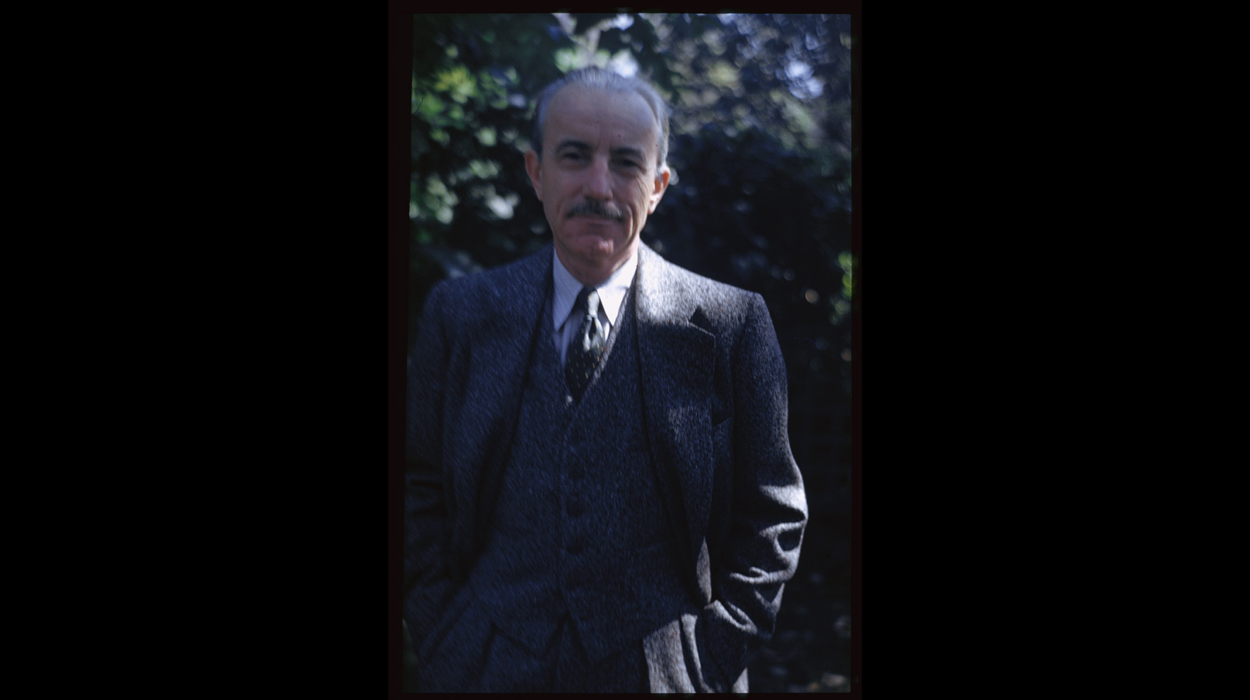 A rare self-portrait of the photographer Charles W. Cushman in Sep. 13; 1949.