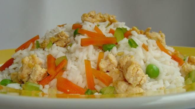 Risotto con pollo y verduras