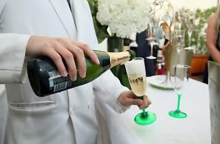 Perrier-Jouёt Champagne & Oysters Poolside Soirée