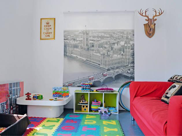 kids; cafe; play area