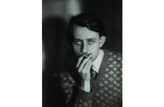 (Germaine Krull, 'André Malraux', 1930 / © Estate Germaine Krull, Museum Folkwang, Essen)