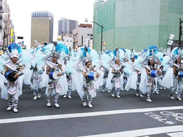 第30回浅草サンバカーニバル(2010年)