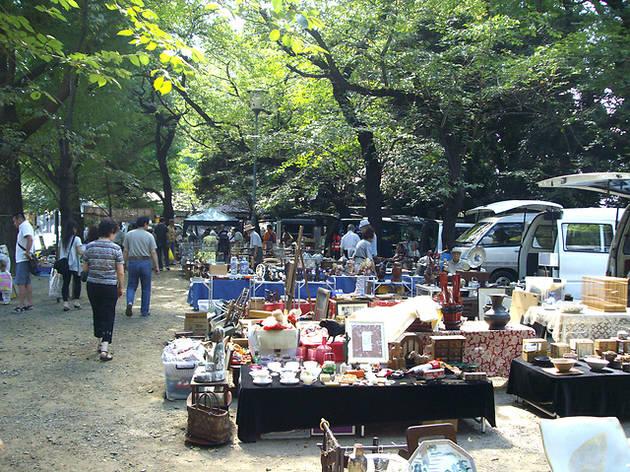 靖国神社フリーマーケット