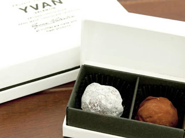 YVAN VALENTIN 期間限定発売